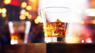 The Essential Bottles Of Irish Whiskey To Serve At Your Next Party