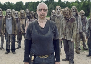A 'The Walking Dead' Star Has Fired Off The Best (And Grossest) Reply To The Show On Twitter