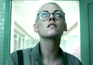 Kristen Stewart Is Trapped At Bottom Of The Ocean In The 'Underwater' Trailer