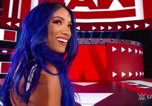 Sasha Banks Finally Made A Shocking Return To WWE On Raw