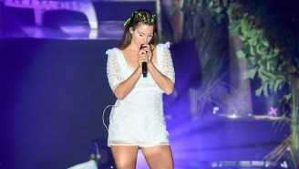 Lana Del Rey's New Song 'Looking For America' Is Inspired By The Tragedy Of Mass Shootings