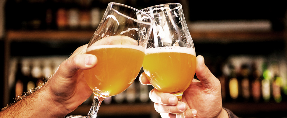 Picking Apart The Differences Between West Coast IPA and New England IPA