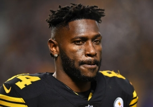 Antonio Brown Would Apparently Blame The NFL For Any Head Injuries If Forced To Wear A New Helmet
