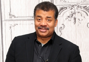 Neil DeGrasse Tyson Apologizes Following Criticism Over His Mass Shooting Tweet: 'I Got This One Wrong'