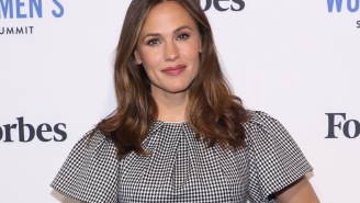 Jennifer Garner Nerded Out About The 'Friends' Anniversary With Legos In An Instagram Post