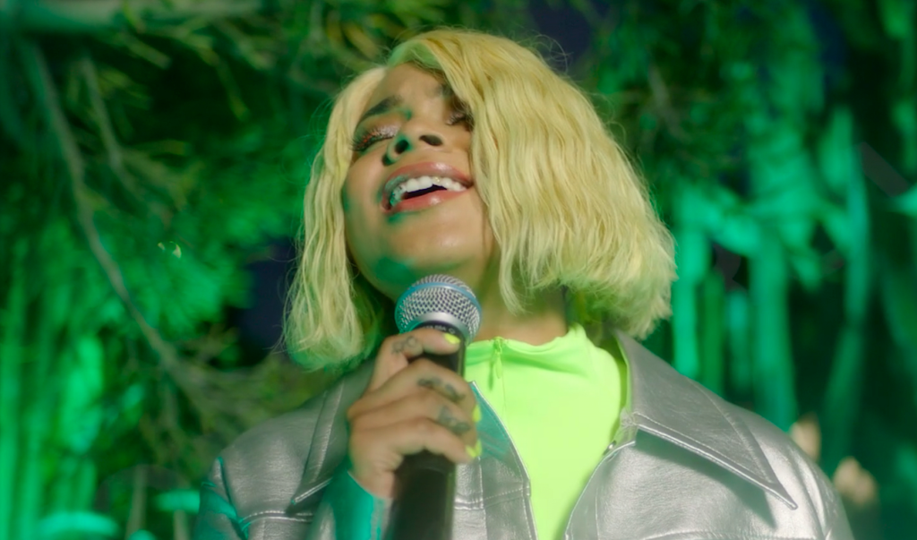 Tayla Parx Flexes Her Vocal Range With An Intimate Performance Of The Soulful Single 'Me Vs. Us'