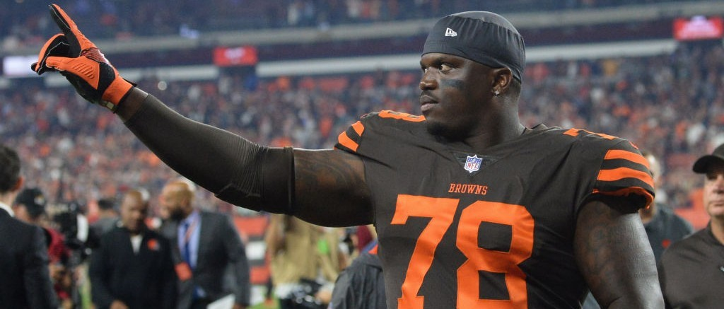 more photos 8de0f 8160c Browns LT Greg Robinson Got Ejected For Kicking A Player In ...