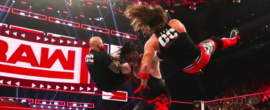 Kane returns to Raw in Knoxville