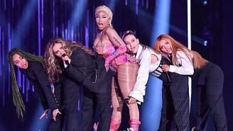 Nicki Minaj's Barbz Are Posting Some Dramatic Reactions To Her Retirement