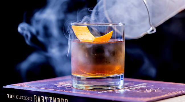 We Asked Bartenders To Name Their Favorite Whiskeys For Fall Old Fashioneds