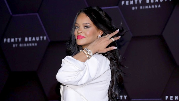 Rihanna's Savage X Fenty Fashion Show Is Streaming Now, And It Features Migos, Halsey, And More Guests