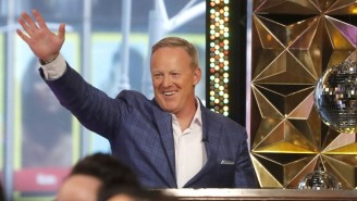 Sean Spicer Made His 'Dancing With The Stars' Debut And Everyone Thinks It's Totally Fine (Not Really)