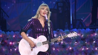 Taylor Swift's Former Record Label Has Given Her Permission To Perform Old Hits At The AMAs