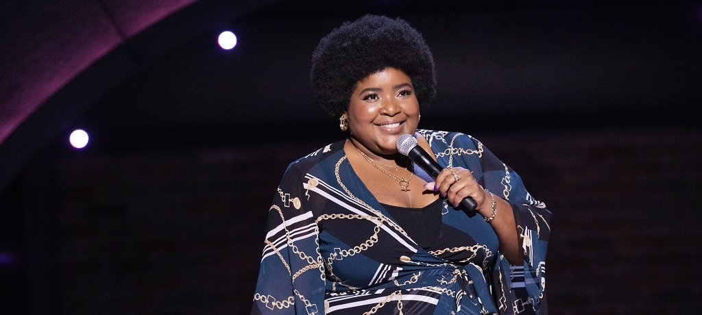 Dulc 233 Sloan Interview Daily Show Star On Her Comedy