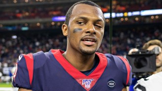 Deshaun Watson Credited The Popeyes Sandwich For Healing His Eye