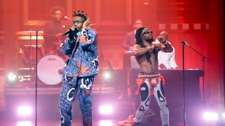 Earthgang Performed A Medley Of 'This Side' And 'Bank' With The Roots On 'The Tonight Show'
