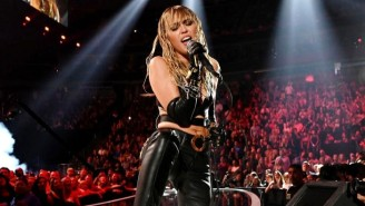 Miley Cyrus Accuses A VMAs Director Of Being Sexist Towards Her
