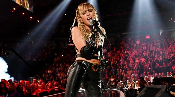 Miley Cyrus Had Vocal Surgery And Postponed Any Recording And Touring Plans