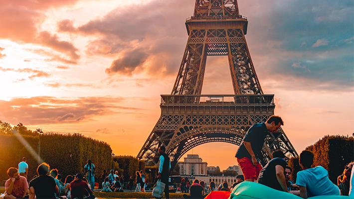 Flights To Paris And Barcelona Are Wicked Cheap Right Now
