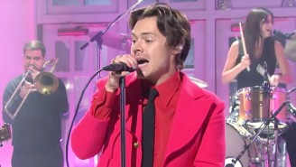 Harry Styles Debuts The Jazzy Single 'Watermelon Sugar' on 'SNL'