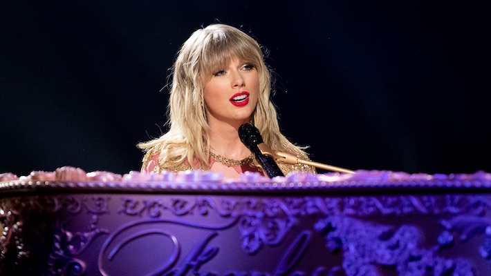 Taylor Swift Says She Has Helped 'More Than 20' Artists Deal With Bad Publicity