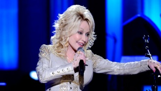 Dolly Parton Humbly Declines A Bill That Would Put A Statue Of Her On The Tennessee Capitol