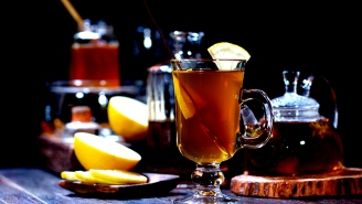 Bartenders Tell Us The Best Whiskies For Your Next Hot Toddy
