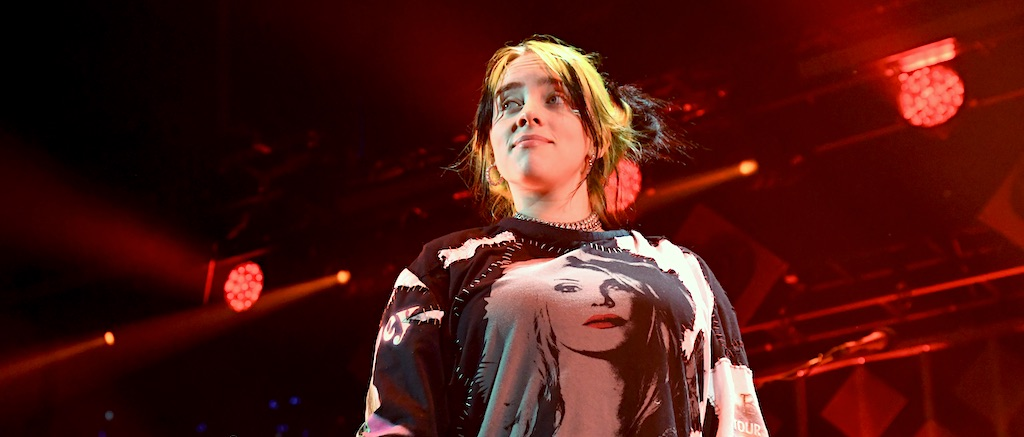 Watch Billie Eilish Took Off Her Shirt In A Body Shaming Statement