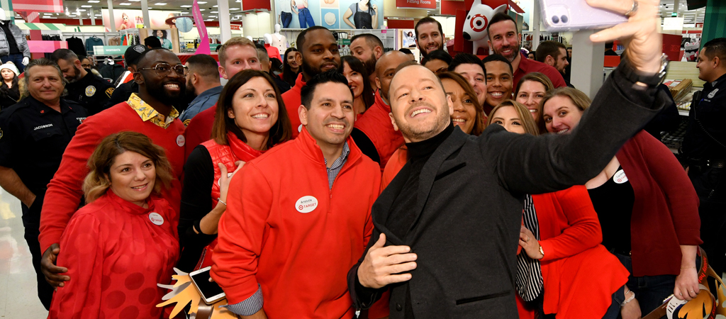 UPROXX 20: Donnie Wahlberg Isn't Really A Fan Of The Popeye's Chicken Sandwich