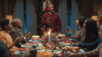 Eddie Murphy Toasts His Fractured Family Over Christmas Dinner On 'SNL'