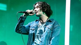 Matty Healy Of The 1975 Corrected A Misleading Headline About His Sexuality