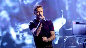 Liam Payne Performs 'Live Forever' And Chats With Jimmy Fallon On 'The Tonight Show'