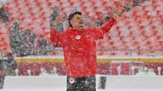 The Chiefs Had A Snowball Fight Before Facing The Broncos At Arrowhead