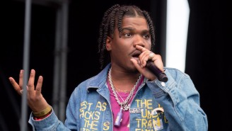 Smino Plays 'Atlanta Clauss' On His 'High 4 Da Highladays' EP