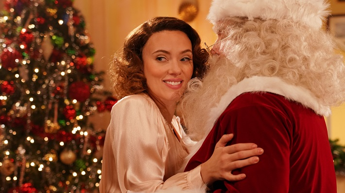 Scarlett Johansson And 'SNL' Transform A Christmas Classic Into The Stuff Of Children's Nightmares