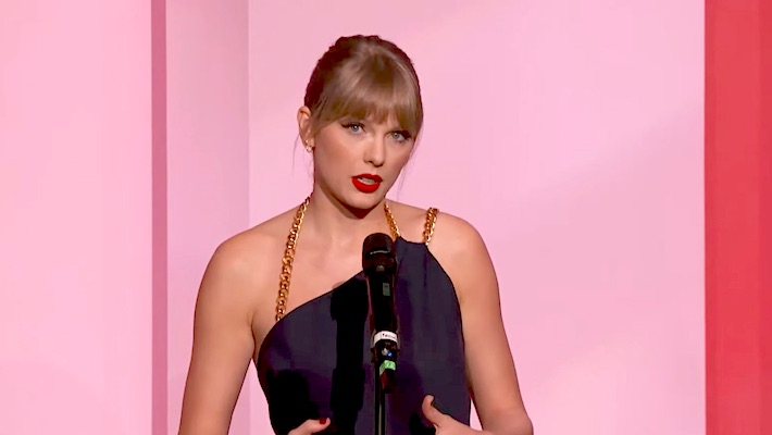Taylor Swift Ripped Into Scooter Braun And Called His Supporters The 'Definition Of Toxic Male Privilege'
