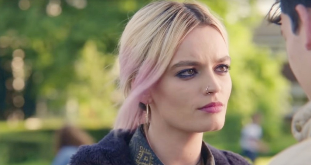 'Sex Education' Star Emma Mackey Wishes People Would Stop Comparing Her To Margot Robbie