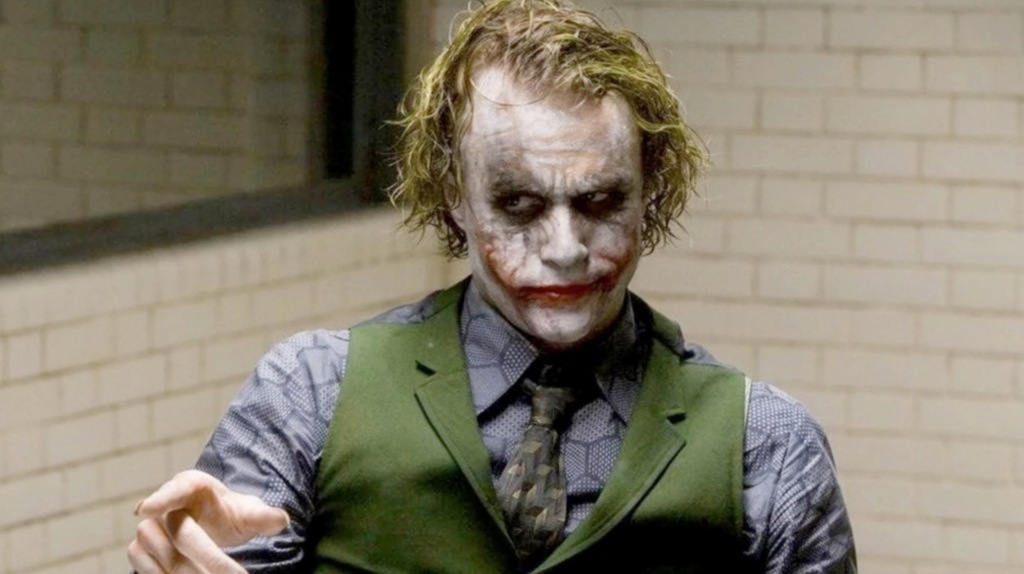 Joaquin Phoenix Paid Tribute To Heath Ledger While Accepting An Award For 'Joker'