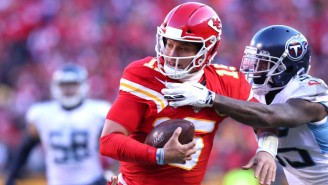 Patrick Mahomes Ended The First Half With A Ridiculous Touchdown Run Against The Titans