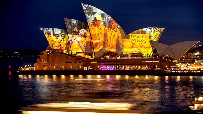 The Sydney Opera House Paid Tribute To The Firefighters Battling The Bush Fires