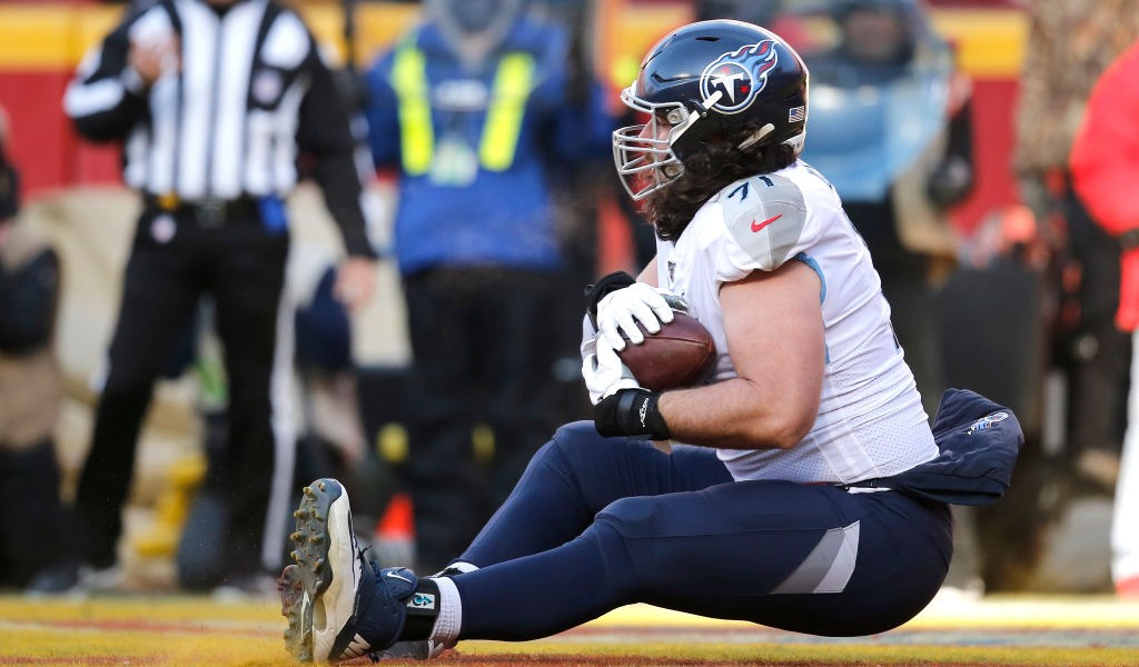 The Titans Threw A Touchdown To An Offensive Lineman Against The Chiefs In The AFC Title Game