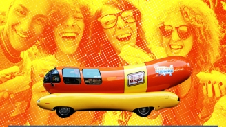 Oscar Mayer Is Looking For 'Hot Doggers' To Drive Their Wienermobile Again