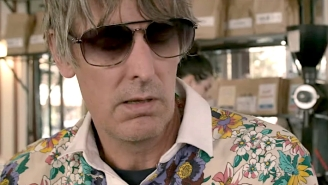 Stephen Malkmus Premiered An Acoustic Version Of 'Brainwashed' At A Parisian Cafe