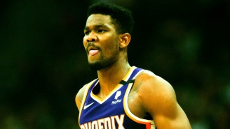 Deandre Ayton Is Fighting Through Pain On His Quest For Dominance