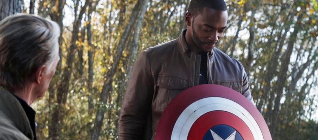 anthony mackie falcon captain america shield