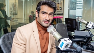 Kumail Nanjani Says He's 'Come To Hate' His Shirtless Ab Photos That Went Viral
