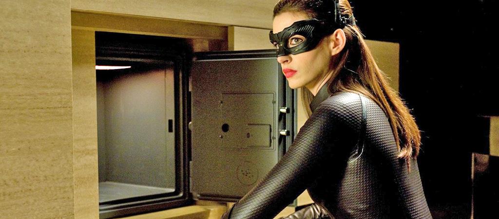 anne hathaway catwoman dark knight rises