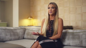 Carmen Electra Remembered The Time Michael Jordan Dragged Dennis Rodman Out Of Bed In Vegas