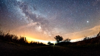 The Lyrid Meteor Shower Peaks Tonight — Here's The Best Way To Experience It