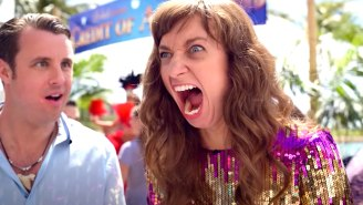 Lauren Lapkus Is A Cliff-Jumping Party Animal In Netflix's 'The Wrong Missy' Trailer
